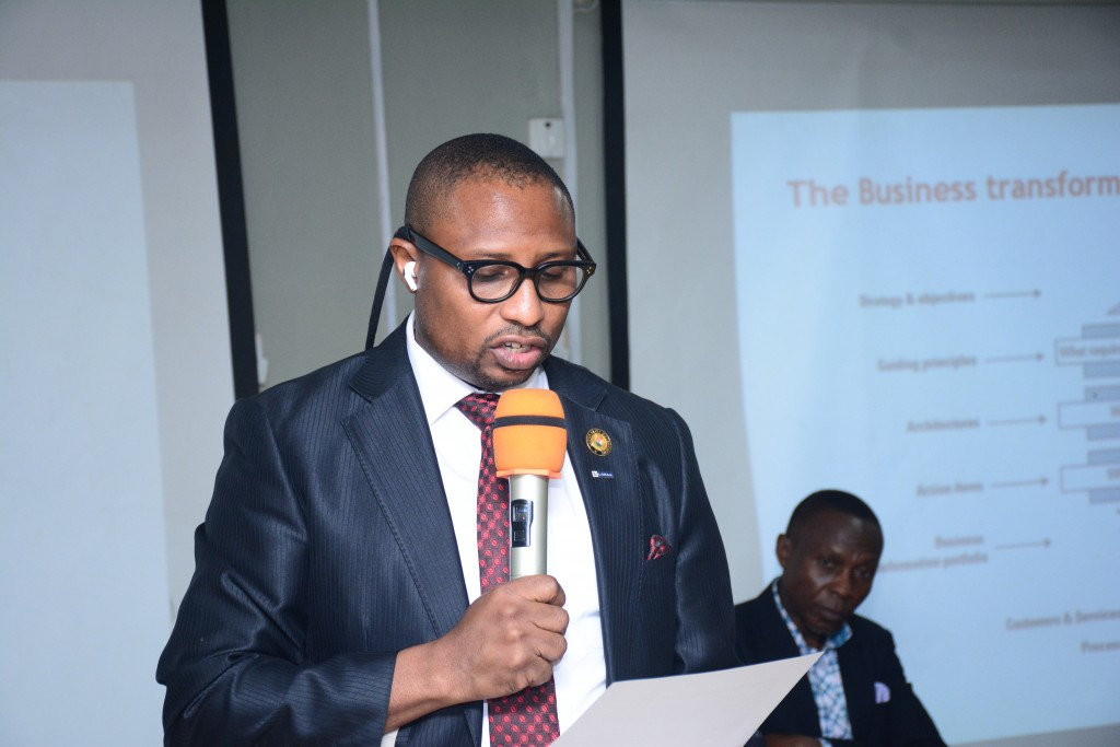 March 4, 2020: Prince Adedamola Docemo, LASAA MD making a speech at the APCON/Brandscom  Seminar  organized  by Brandscom International in conjunction with the Advertising Practitioners Council of Nigeria (APCON).
